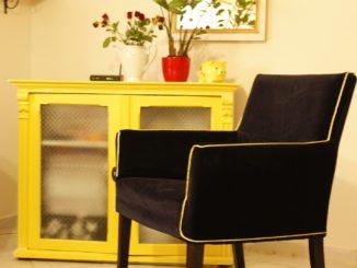 Egy fotel új ruhája