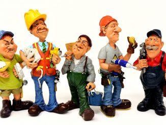 munkások